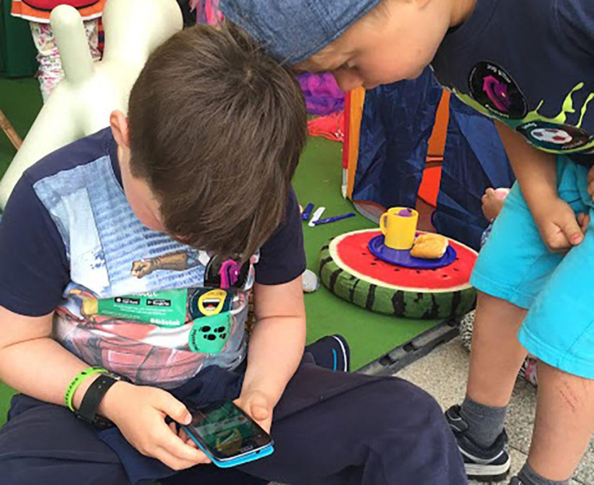 Bibliotekens app Bibblix får bättre mobilstöd – ska få fler barn att läsa eböcker