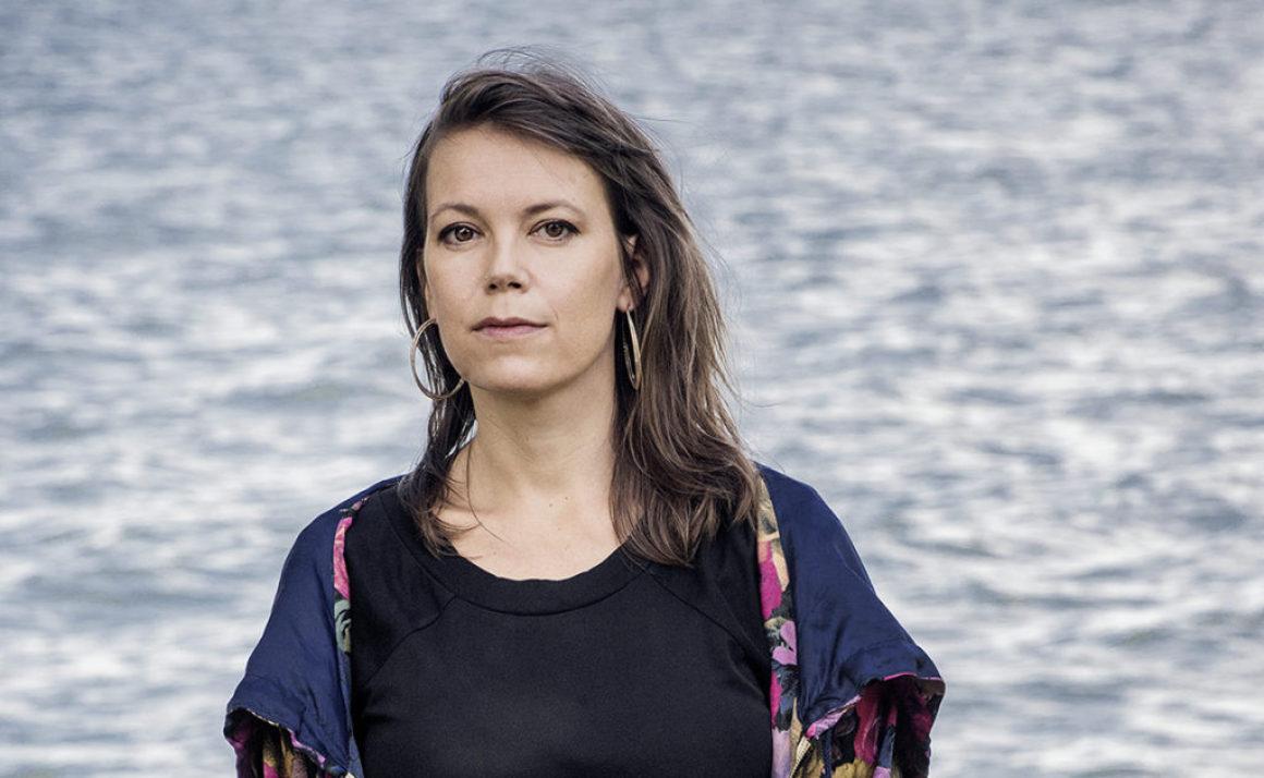 Författaren Elisabeth Hjorth väljer den alternativa bokmässan i Göteborg