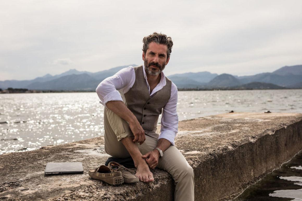 Jens Lapidus släpper spin-off-novell som podcast-sommarföljetong