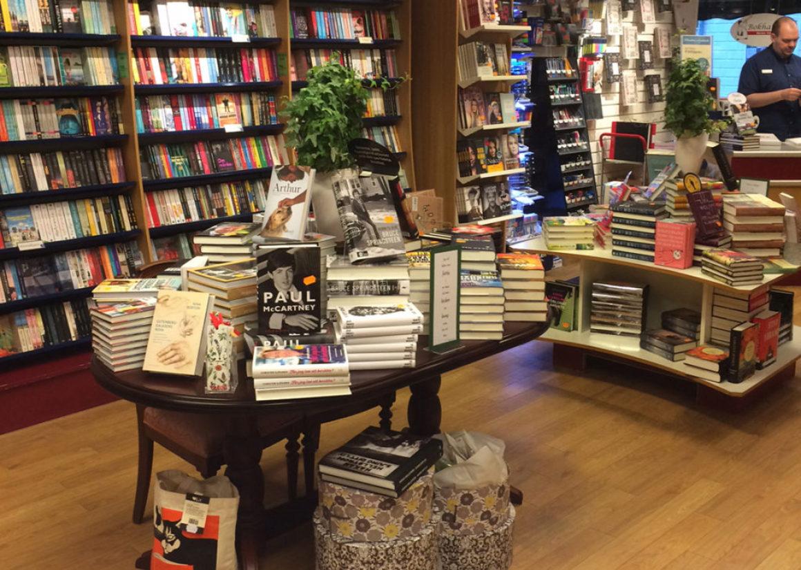 Ystad bokhandel lyfter de lokala författarna