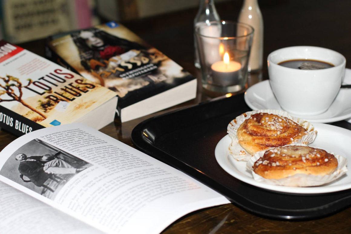 Lanna bokcafé ramas in av boken