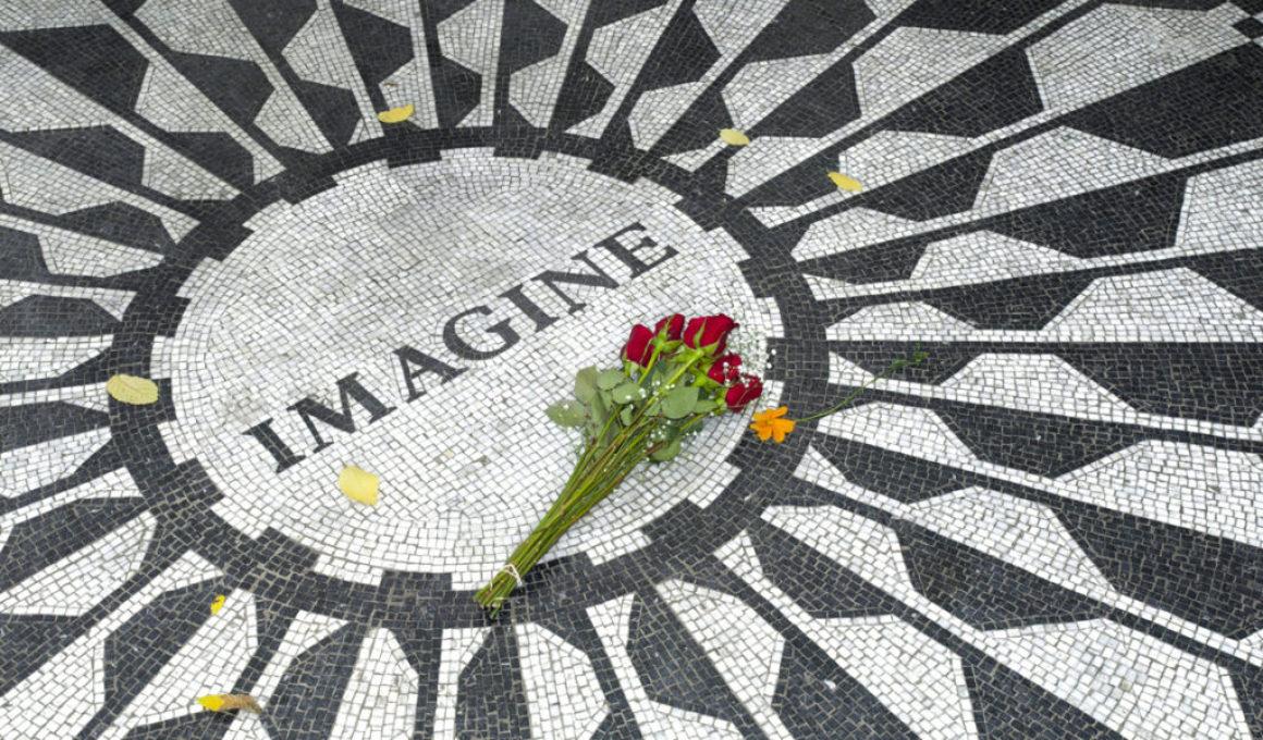 John Lennons Imagine blir bilderbok
