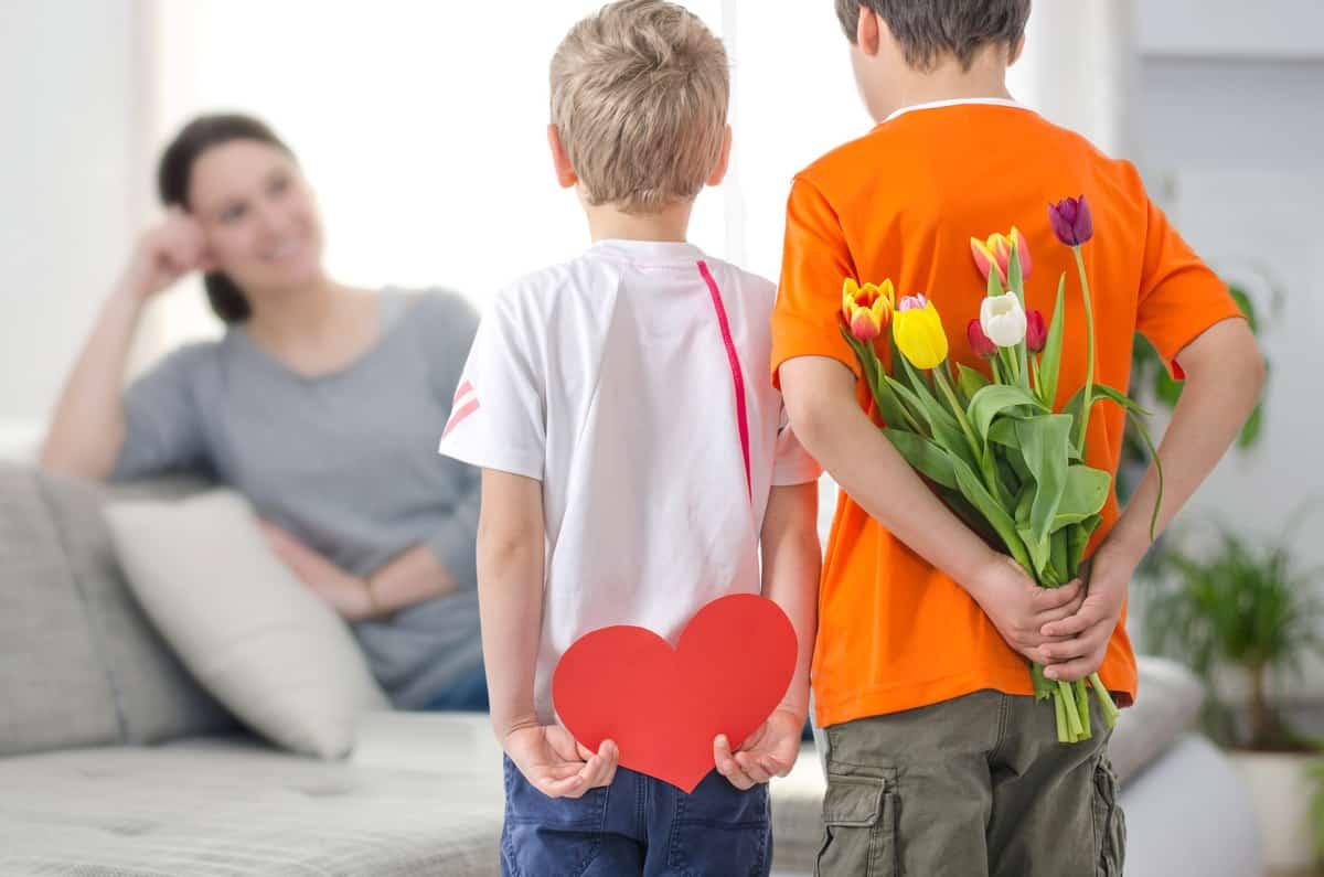 Hur man kan övertyga din mamma att ha sex med dig
