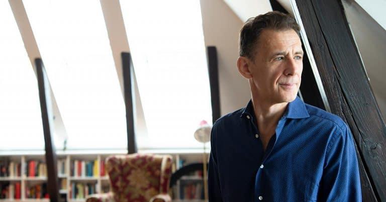David Lagercrantz om efterträdare: Måste ha passion för stora samhällsfrågor