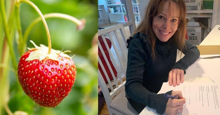 Ninni Schulman skriver avtal på fyra böcker med Strawberry Publishing