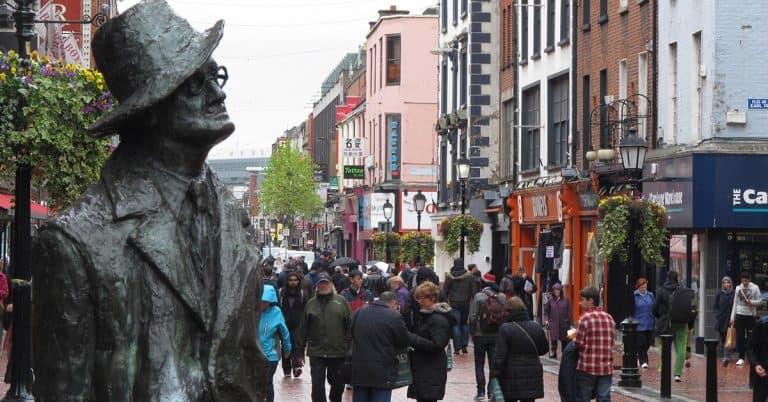 Irländare vill få hem James Joyces kvarlevor