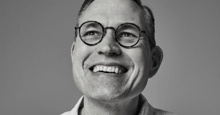 Henrik Lindvall blir förläggare på Bokfabriken