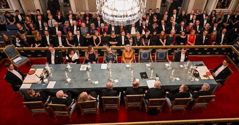 Svenska Akademien prisas för skandalerna