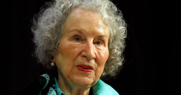 Margaret Atwood ger ut poesi igen
