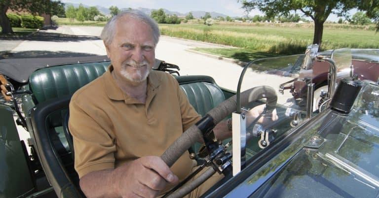 Författaren Clive Cussler är död