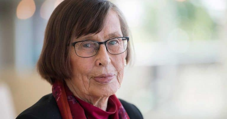 Skänkes: Birgitta Dahls bibliotek med 15 000 böcker