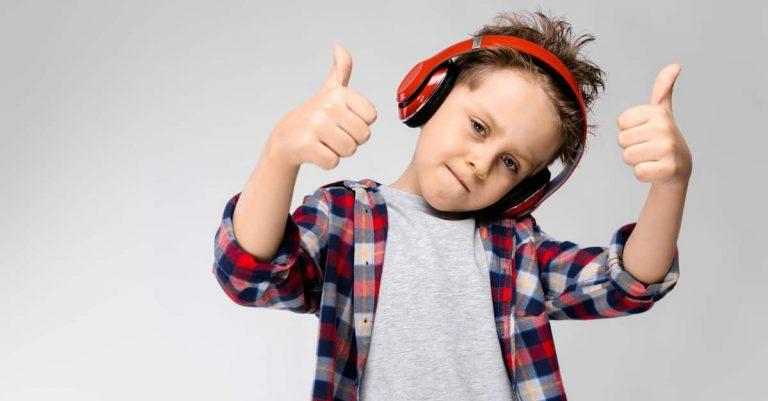 Ljudböcker kan främja barns läsförståelse och är dessutom coolt