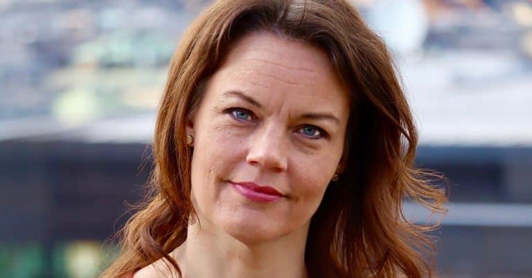 Tidigare politikern Veronica Palm debuterar med spänningsroman 2021
