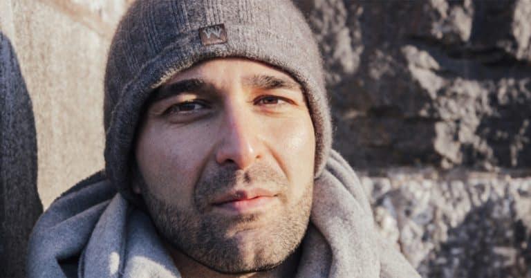 "Boken ""Sverigevänner"" av Arash Sanari blir film"