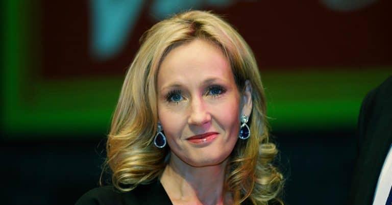 Harry Potter-fans överger JK Rowling – anklagas för att vara transfobisk