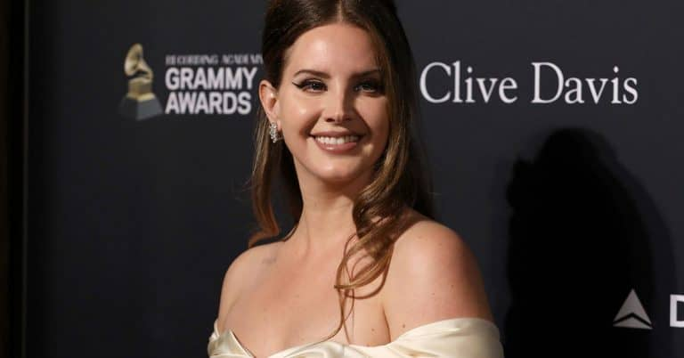 Då släpps Lana Del Reys ljudbok