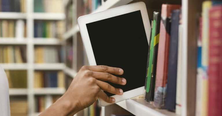 Eböcker och ljudböcker fortsatt lika populära på biblioteken