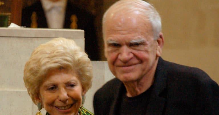 Författaren Milan Kundera tilldelas Franz Kafka-priset