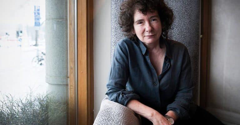 200 brittiska författare i stöd för transpersoner