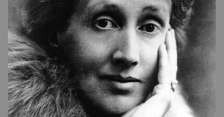 Bok med Virginia Woolfs litterära omdömen säljs för 255 000 kr