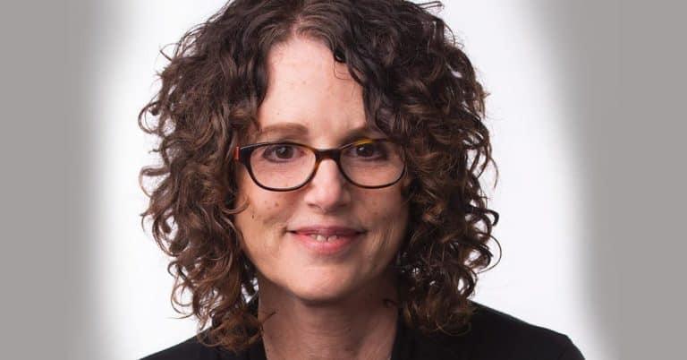 Vit ödmjukhet strategi mot rasism enligt författaren Robin DiAngelo