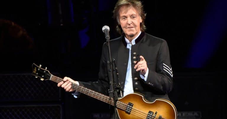 Paul McCartney skriver självbiografi