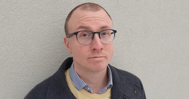 Historikern Johannes Daun debuterar med roman om industrialismen