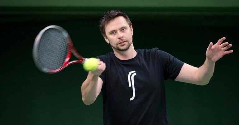 Tennisspelaren Robin Söderling skriver självbiografi