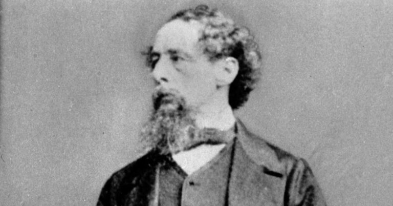 Medaljonger avslöjar sorgen i Charles Dickens verk