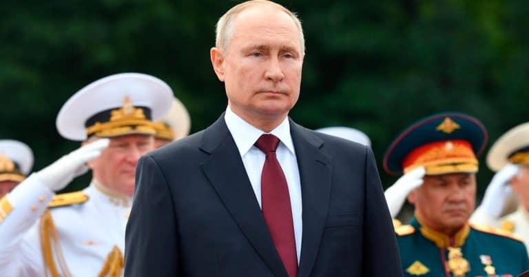 Bokförlaget HarperCollins korrigerar uppgifter i bok om Putin