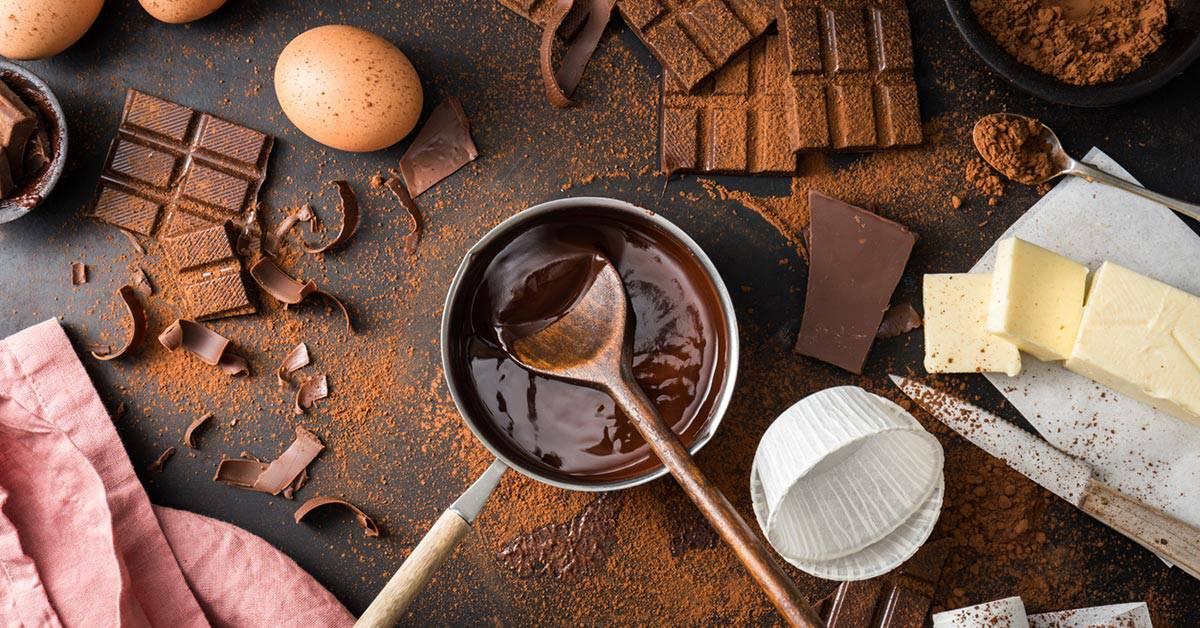 Baka med choklad böcker bok