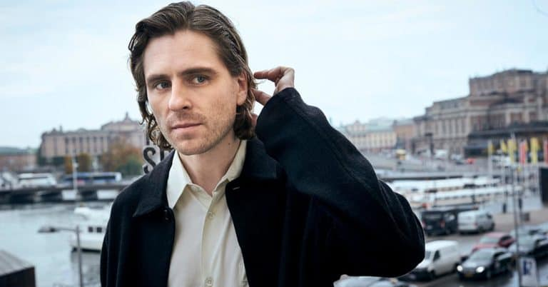 """Sverrir Gudnason """"Bränn alla mina brev"""""""
