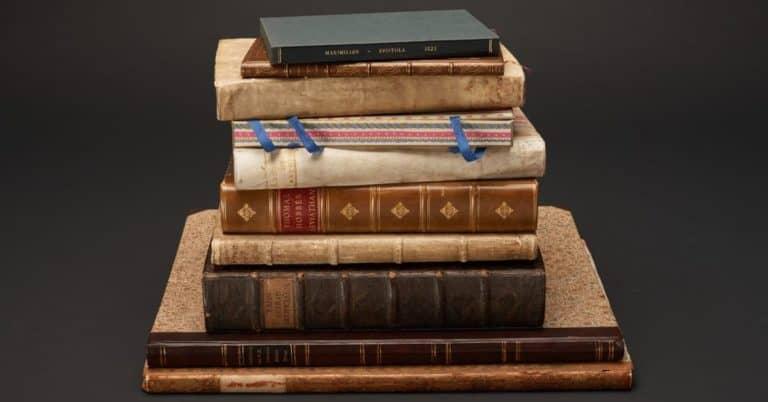 Stulna KB-böcker tillbaka efter detektivinsats