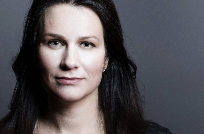 Åsa Erlandsson, journalist och författare. Foto: Göran Segeholm/Talarforum