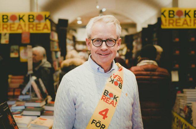 Butikschefen Anders Killberg på Killbergs i Helsingborg är nöjd med inledningen på bokrean.