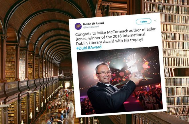 Mike McCormack fick International Dublin Literary Award 2018. Nomineringen gjordes av bibliotekarier. I bakgrunden syns The Library of Trinity College Dublin. Foto: iStock.