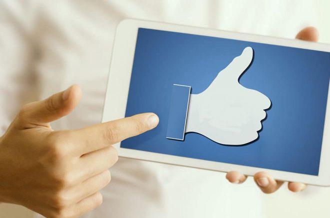 Att gilla inlägg är viktigt, men kommentarer blir viktigare när Facebook skruvar på sina algoritmer. Foto: Fotolia.