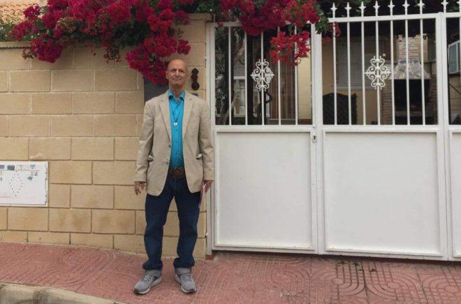 Författaren och poeten Faramarz Moazzami. Foto: Privat