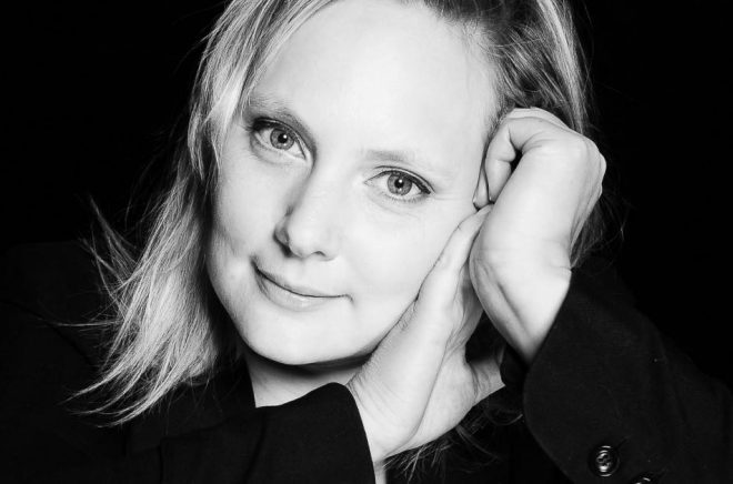 Frida Rosesund, författare och grundare av förlaget Mörkersdottir. Foto: Pressbild
