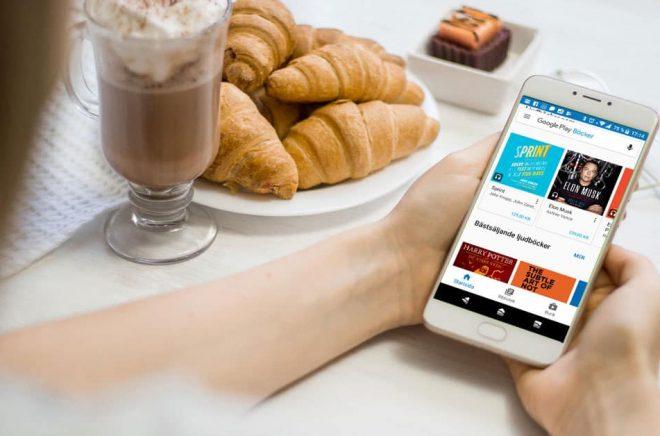 Nu erbjuder Google Play även ljudböcker på både engelska och flera andra språk - däribland svenska. Foto: Fotolia. Montage: Boktugg.