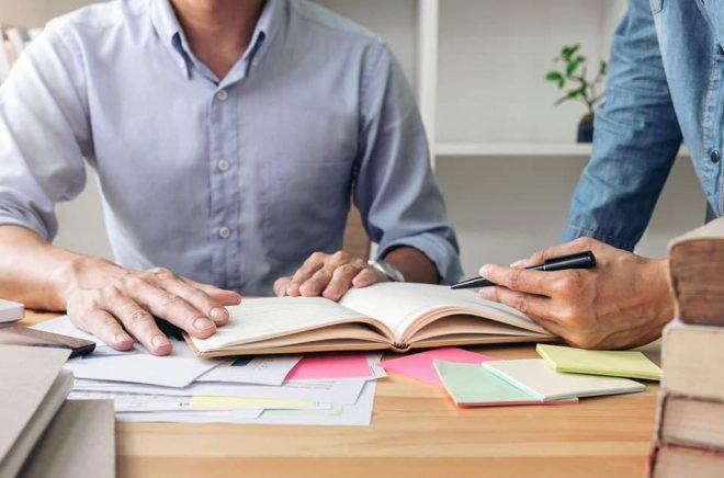 Ett hybridförlag ska jobba lika professionellt som ett traditionellt förlag i utgivningsprocessen. Foto: Fotolia.