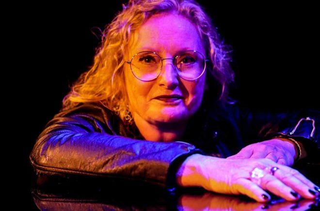 Författaren Ingrid Elfberg skriver ljudboksserie för Southside Stories som nu gör en rejäl satsning på ljudböcker. Foto: Hans-Olov Öberg.