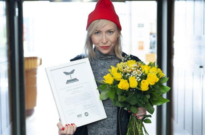 Författaren Jenny Jägerfeld, vinnare av Barnradions bokpris 2018. Foto: Micke Grönberg/Sveriges Radio