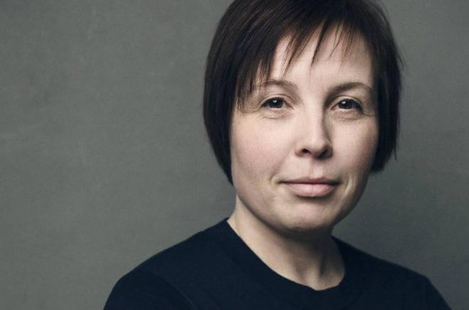 Författaren Karin Erlandsson. Foto: Juha Törmälä