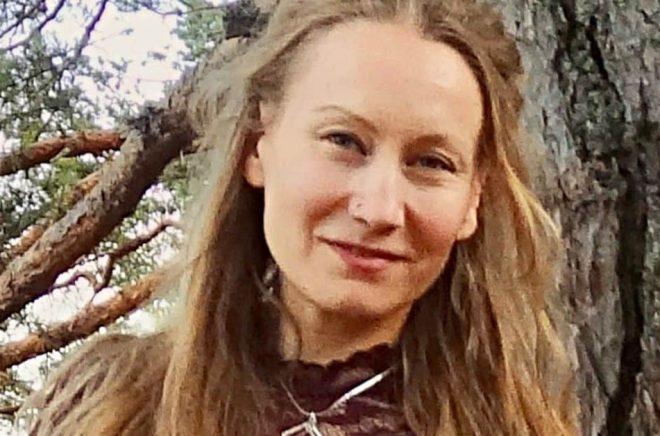 Madeleine Ericson, singer-songwriter & producent, debuterar som författare. Foto: Privat