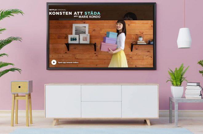 Marie Kondo är författaren och städgurun som fått en egen tv-serie på Netflix. Bakgrundsfoto: iStock. Montage: Boktuggg.