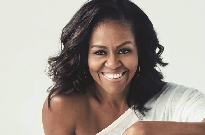 Michelle Obama gör succé med sin historia. Pressfoto: Mille Mobley.