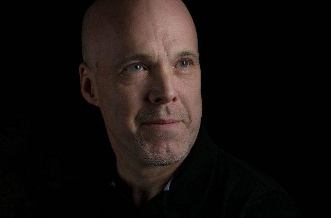Författaren och läkaren Mikael Andersson. Foto: Lena Lee