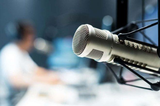 Mikrofon-studio-ljudbok-Fotolia_131421740