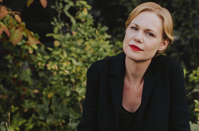 Hanna Nordenhök, författare, litteraturkritiker och poet. Foto: Kajsa Göransson.